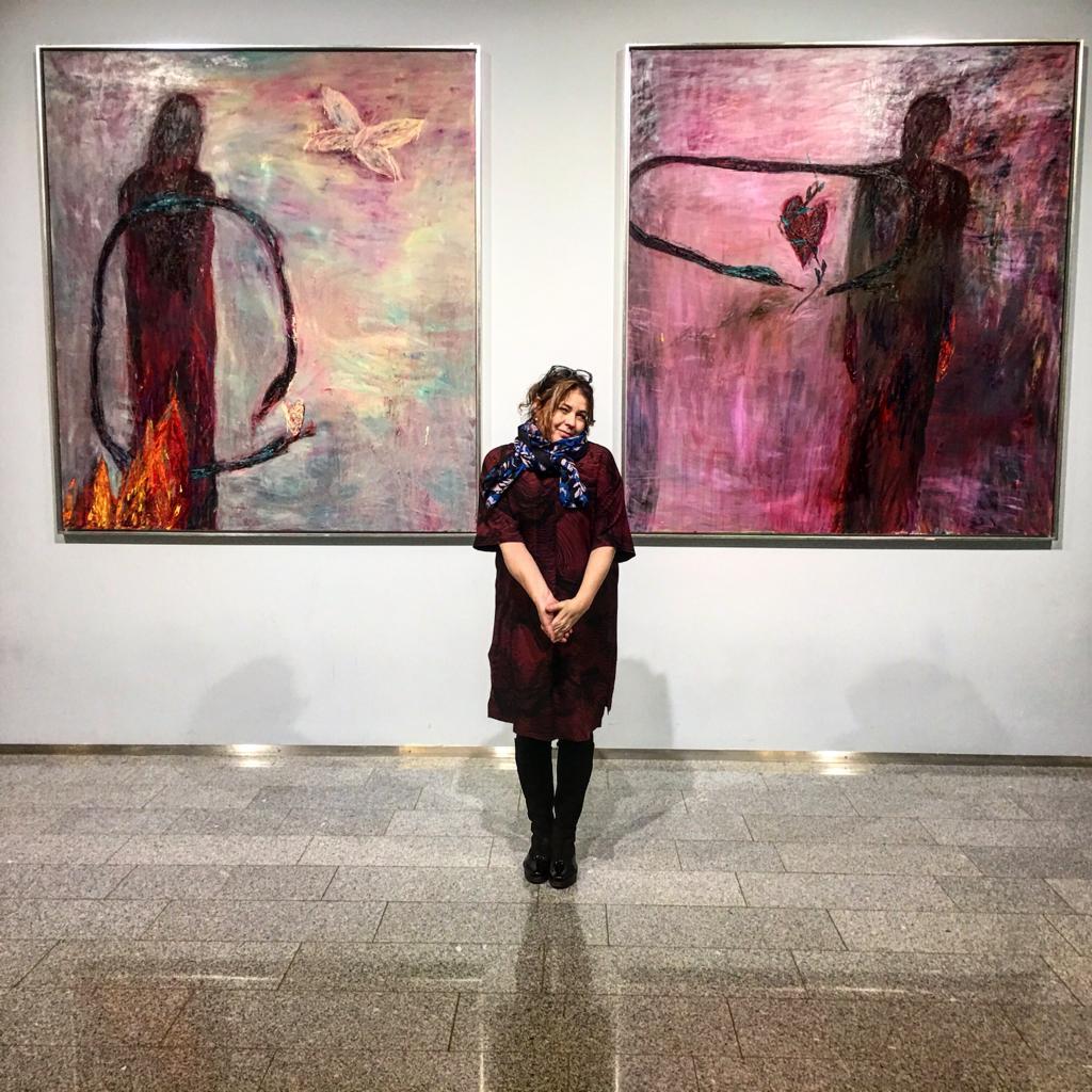 Nanna Susi, maalaukset lentokentällä, Hki